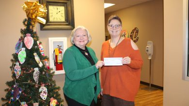 Photo of BancorpSouth in Hope makes a belated donation to ROCtober Fest