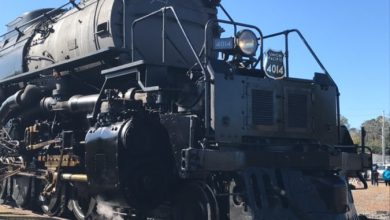 Photo of BIG BOY Locomotive Rolling into Prescott