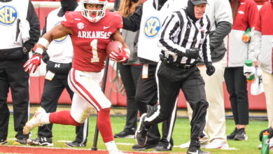 Photo of Odom, Foucha, Blair Give Update After Heavy Practice For Razorbacks