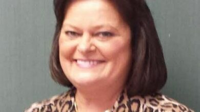 Photo of Elaine Stone to Retire from Farmers Bank & Trust