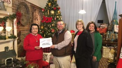 Photo of FNBTB Hosts Window Decor Contest for Local Businesses