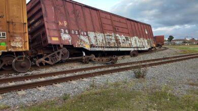 Photo of Train Derailment Shuts Down East Avenue B