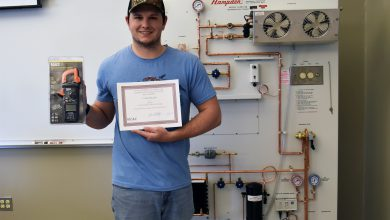Photo of Phillips selected as outstanding HVAC student at U of A Hope-Texarkana