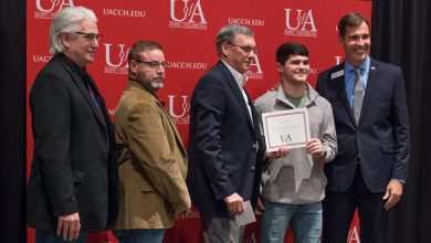 Photo of UAHT Holds Spring Scholarship Recognition Ceremony