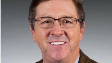 Photo of Senator Larry Teague Column